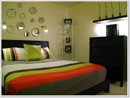 decorating small bedroom 30 interior decorating tricks for small bedroom décor