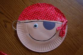 story time tuesday w paper plate pirate craft i heart crafty things
