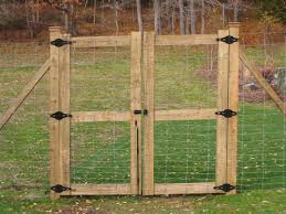 Backyard Fences Ideas Backyard Garden Fence Ideas Popular Of Fence Styles For Backyards