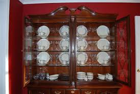 how to arrange dishes in china cabinet china cabinet display