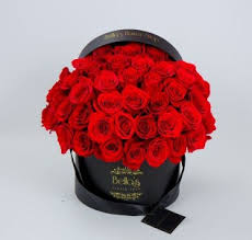 roses in a box 50 roses in a hat box in bronx ny s flower shop
