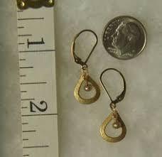 are leverback earrings for pierced ears gray peacock fresh water pearls black diamond swarovski earrings
