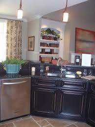 incorporating kitchen cabinet paint colors into your cabinet paint