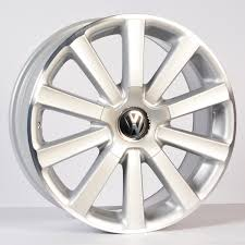 volkswagen golf wheels volkswagen golf r32 omanyt 18 inch silver alloy wheels alloy hub
