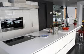 cuisine design blanche faience pour cuisine blanche 5 indogate photos de cuisine