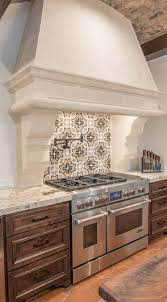 Designer Kitchen Tiles by Best 25 Tuscan Kitchen Design Ideas On Pinterest Mediterranean
