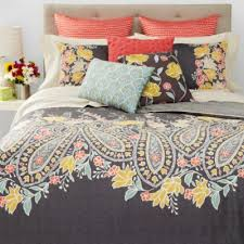Bloomingdales Bedding Comforters 215 Best Bedding Images On Pinterest Quilt Cover Finches And Loom