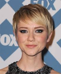 haircuts with long sides and shorter back 50 best side swept bangs herinterest com