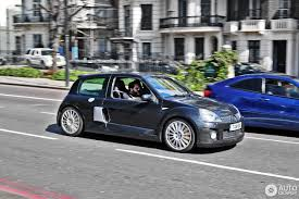 renault clio black renault clio v6 phase ii 23 july 2016 autogespot