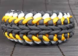 instructions survival bracelet images 74 diy paracord bracelet tutorials explore magazine png