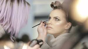 makeup artist makeup artist working on client stock footage videoblocks