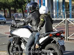 siege scooter occasion transporter un enfant à moto ou scooter part 2 test du siège