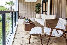 canapé balcon design exterieur aménagement balcon canapé rotin chaise table bois