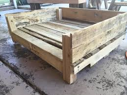 Build A Toy Box Out Of Pallets by Diy Pallet Dog House Pallet Furniture