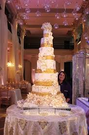 wedding cake houston h town chef s gold dusted 12 tier wedding cake shakes up food