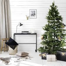 25 simple and minimalist christmas tree decorations home design