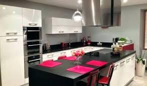 ilot central cuisine avec table modele de cuisine avec ilot