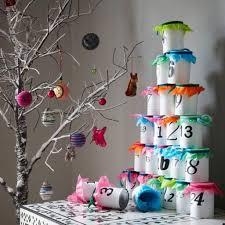 bricolage noel avec rouleau papier toilette 20 modèles de calendrier de l u0027avent à bricoler à la maison