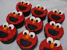 elmo cupcakes sweet temptation cakes and cupcakes
