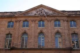 bureau de poste salon de provence aix en provence dans les bouches du rhone tourisme bouches du