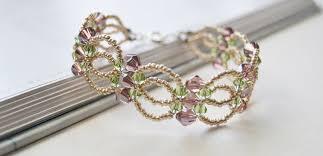 fashion beaded bracelet images Diy handmade flower bracelet with seed beads and glass beads jpg