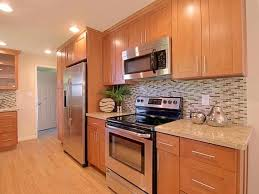colored shaker style kitchen cabinets shaker cabinets all you need to remodel or move
