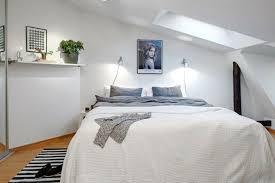 schlafzimmer mit schrge einrichten schlafzimmer mit schräge einrichten angenehm auf moderne deko
