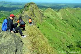 mt batulao traversing the trail of