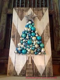 christmas tree pallet how to make a chevron pallet ornament christmas tree hometalk