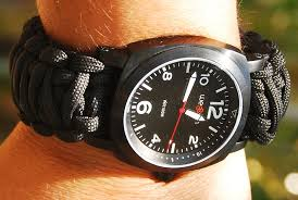 survival bracelet watches images How to make a paracord bracelet the travel tart blog jpg