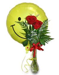 Vase With Roses 2 Roses In Vase With 18 U2033 Balloon Http Communityleague Stmary