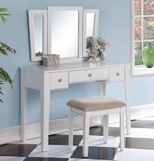 Bedroom Makeup Vanity Best 25 White Makeup Vanity Ideas On Pinterest Diy Makeup