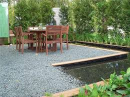 How To Make A Pea Gravel Patio Crushed Gravel Patio Ideas Patio Ideas On Pinterest Pea Gravel
