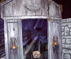 halloween mausoleum from styrofoam 7 steps with pictures