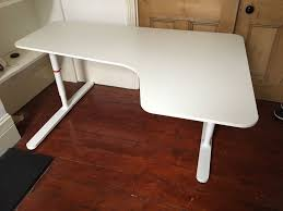 White Ikea Corner Desk by Ikea Bekant Corner Desk White 77 Ono In Islington London