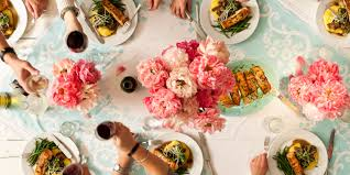 food and flower pairings to decorate your dining table