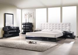 Platform Bed Sets Milan Platform Bedroom Set In Black Lacquer