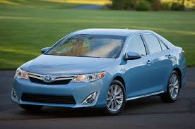 toyota camry limo july midsize sales toyota camry comfortably tops accord altima