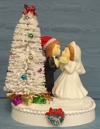 Christmas Wedding Cakes Christmas Wedding Cake Toppers The Wedding Specialiststhe