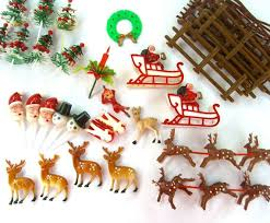 Vintage Deer Christmas Decorations by 39 Best Christmas Kitsch Images On Pinterest Kitsch Vintage