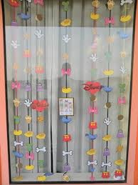 photos of guest decorated windows disney crafts disney travel