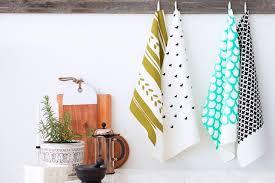 linge de cuisine un soupçon de design dans la cuisine lavigne design