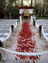 petal aisle runner petal table runner wedding tips and inspiration