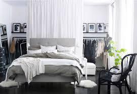rangement vetement chambre design interieur porte vetement penderie ikea chambre noir blanc