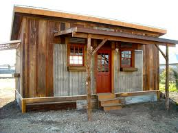 Small Home Design In Front Classic Design Of The Affordable Small Houses That Used Wooden And