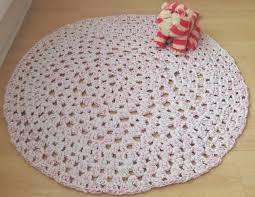 Crochet Oval Rag Rug Pattern How To Crochet A Granny Dollie Rug Using Hooplayarn U2013 Without A