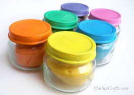 a recipe for air dry colorful clay made from ingredients found in
