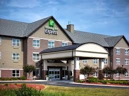 holiday inn express u0026 suites green bay east hotel by ihg
