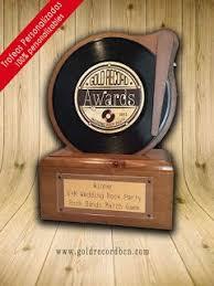 placas 20 tienda de trofeos deportivos personalizados discos de oro y platino premios galardones awards regalos