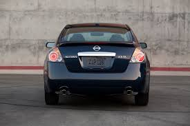 Nissan Altima Hybrid 2009 - 2010 nissan altima gets a refresh and starts at 19 900 the
